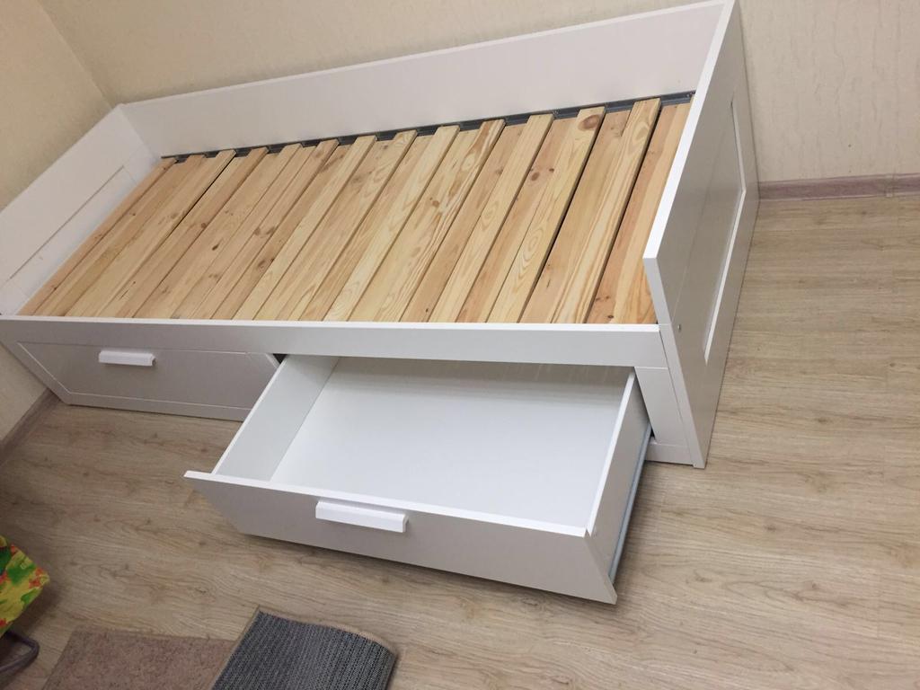 раздвижная кровать с ящиками для хранения фото