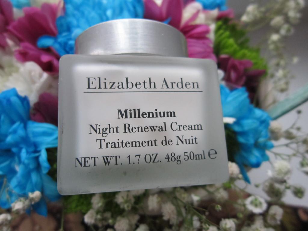 Elizabeth Arden Millenium Ночной Обновляющий Крем
