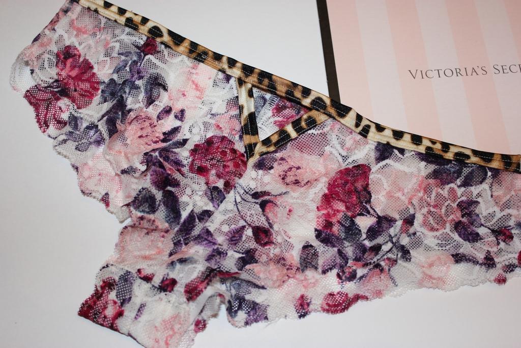 Трусики Pink от Victoria's Secret, размер XS (42)