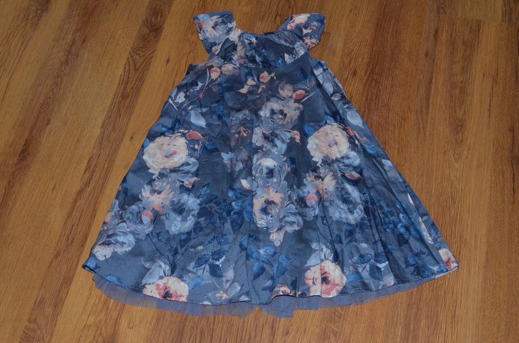 Платье gap 5-6 лет