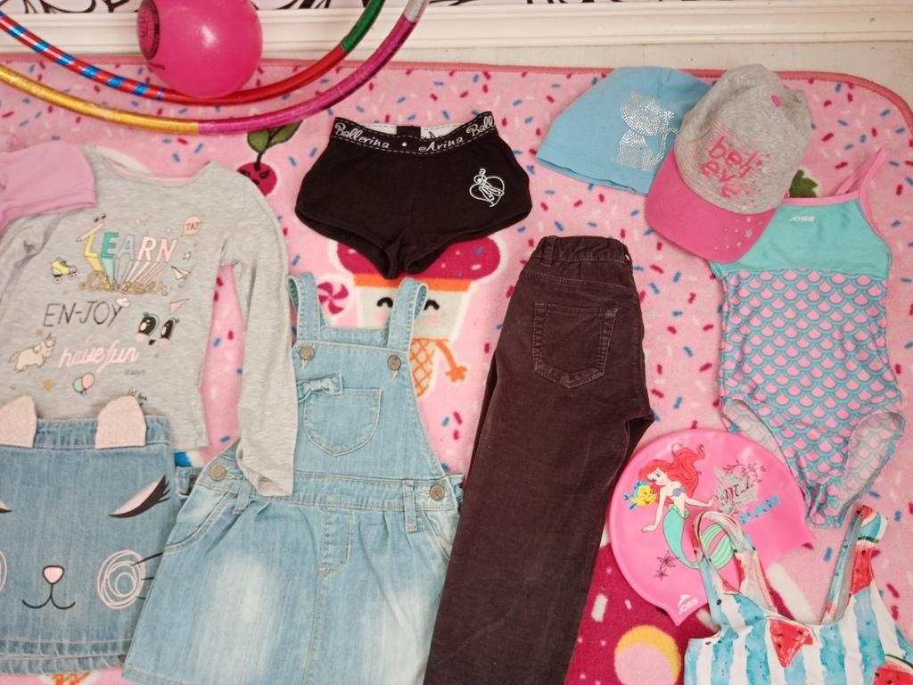 пакет одежды на девочку 3-4 года (13 вещей)