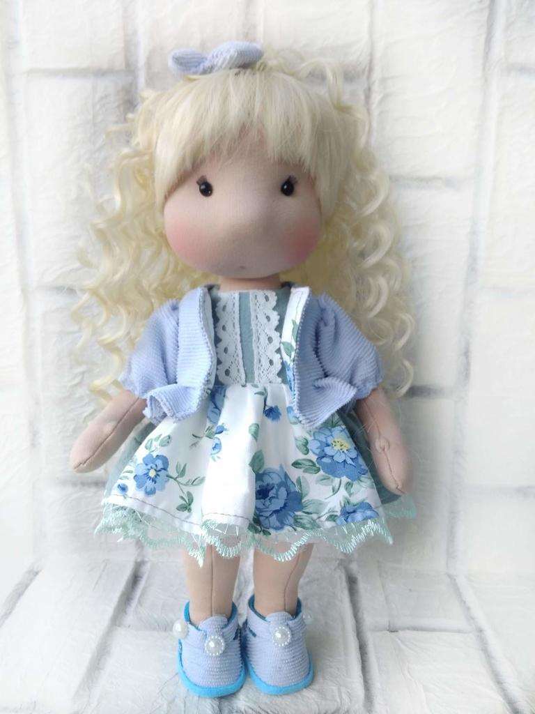 Текстильная кукла ручной работы 27 см