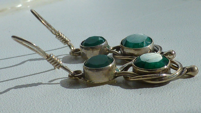серьги серебро 925* с изумрудами
