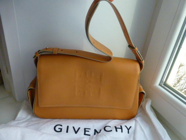 сумка на плечо GIVENCHY, ориг., новая