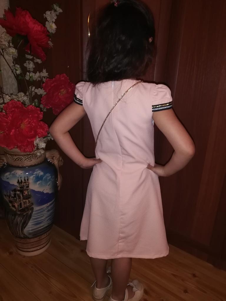Платье для девочек, новое.