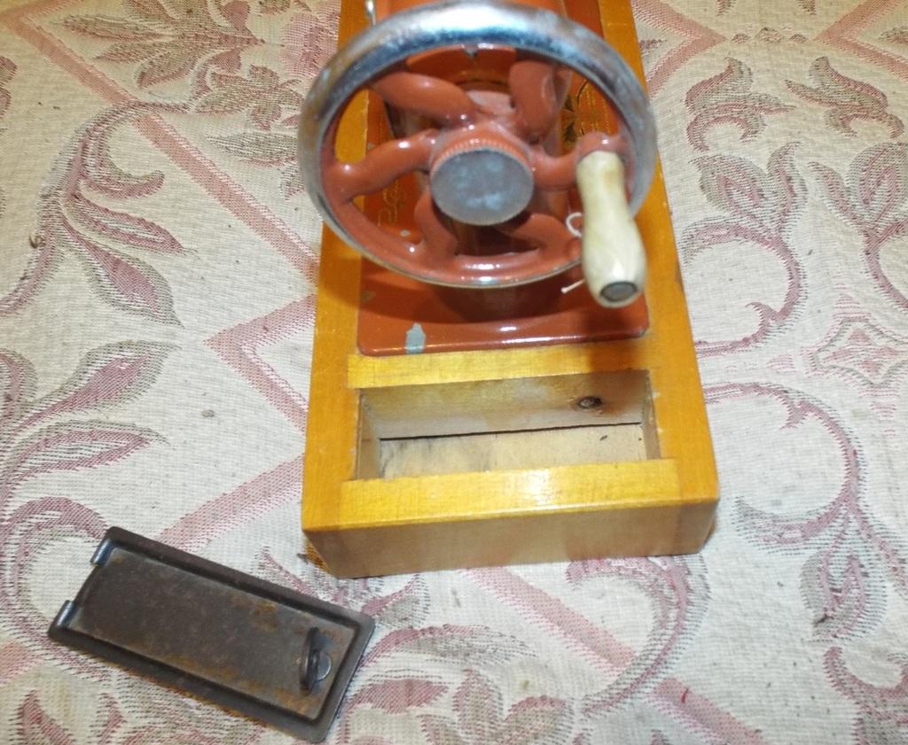 Игрушка СССР Детская Швейная Машинка ЗШМ
