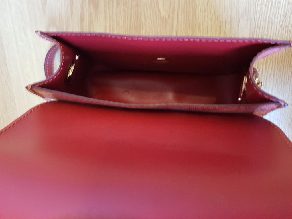 Новая сумка кроссбоди кожа лазерная обработка