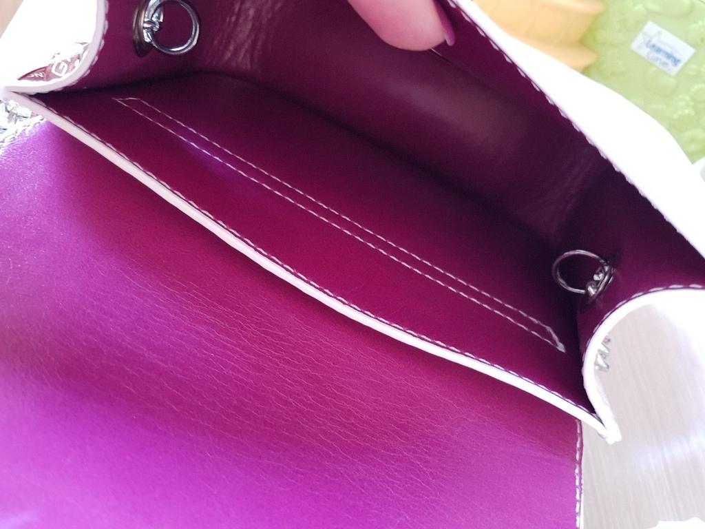 Новая сумка кроссбоди на цепочке кожа лак Италия