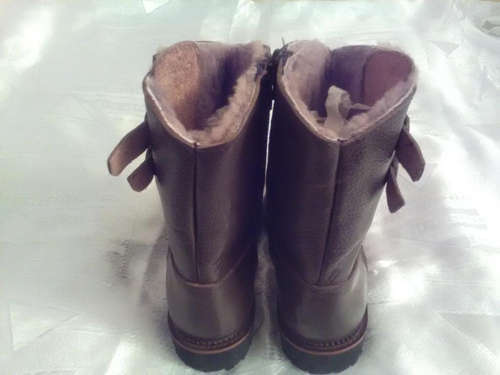 Новые, зимние, натуральные сапоги, для мальчика