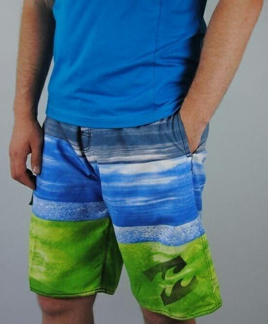 Шорты-бриджи новые пляжные р.44-52 яркие расцветки