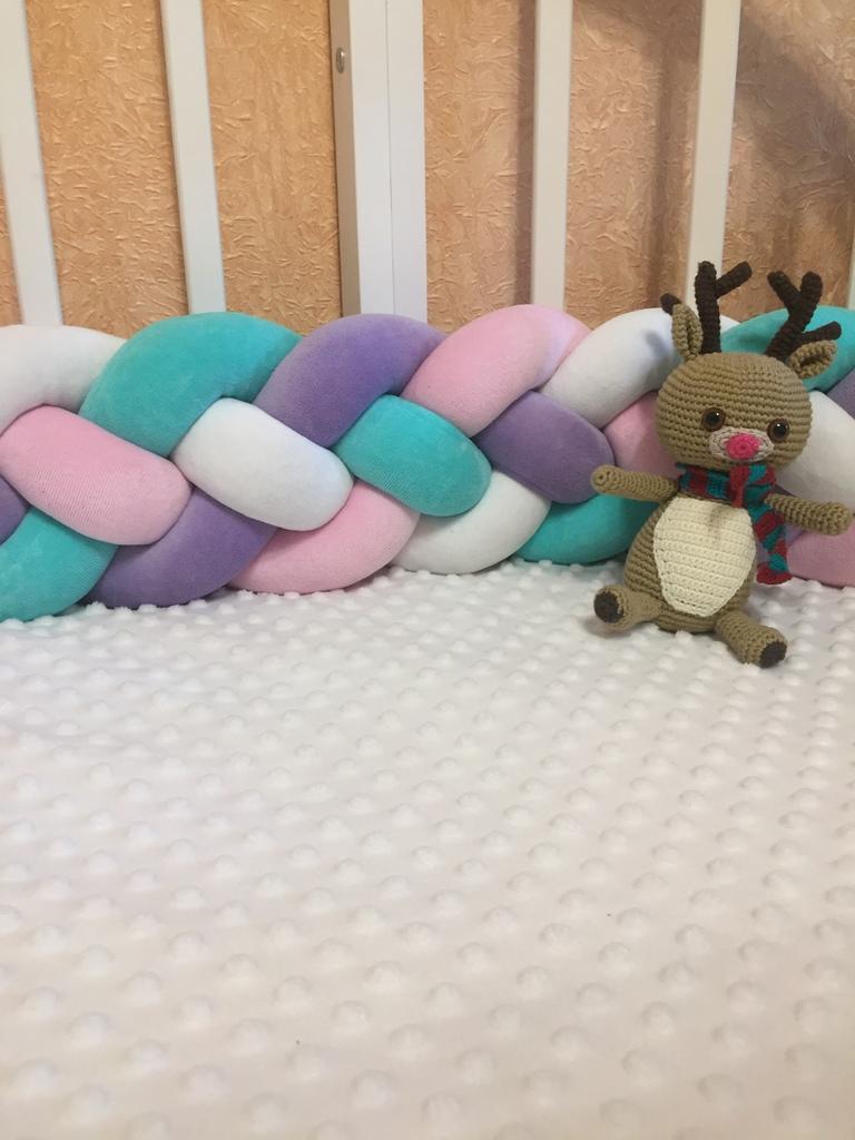 Бортики-косички и подушки узлы