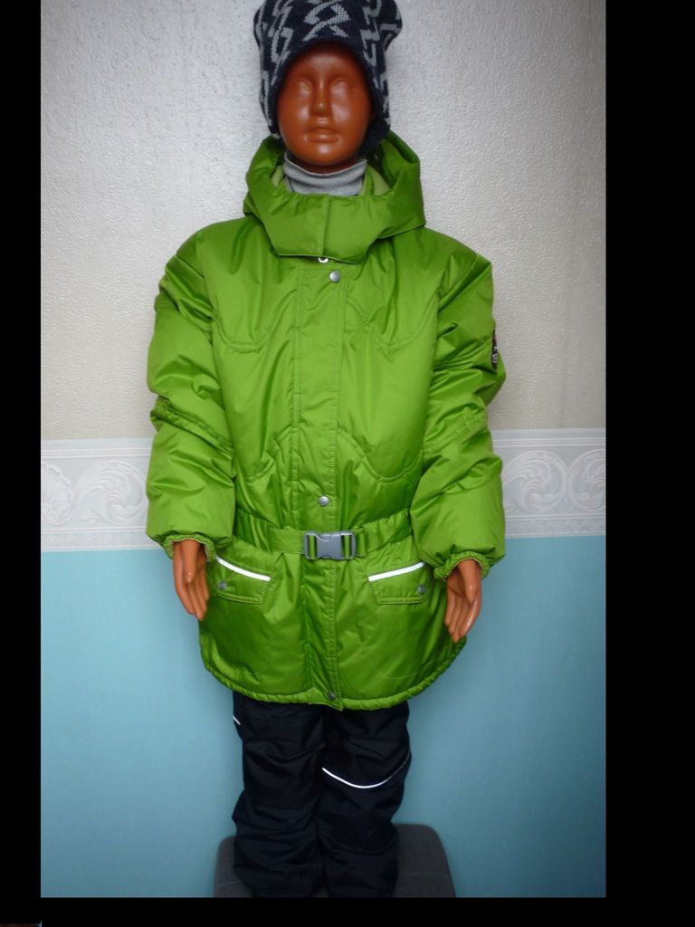 Комплект LASSIE р 140+ зимний новый для девочки