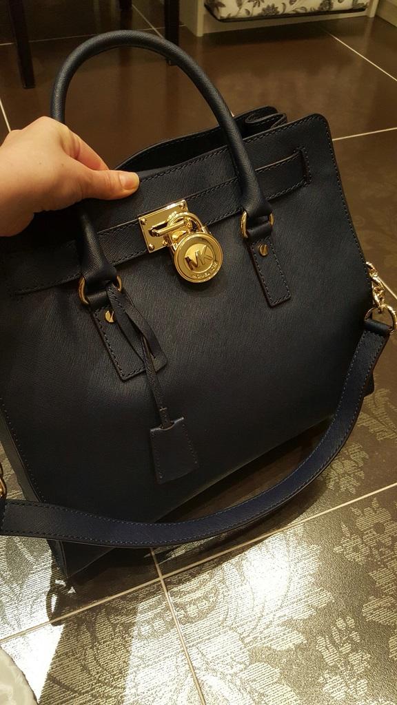 Купить оригинальные сумки Michael Kors в Москве