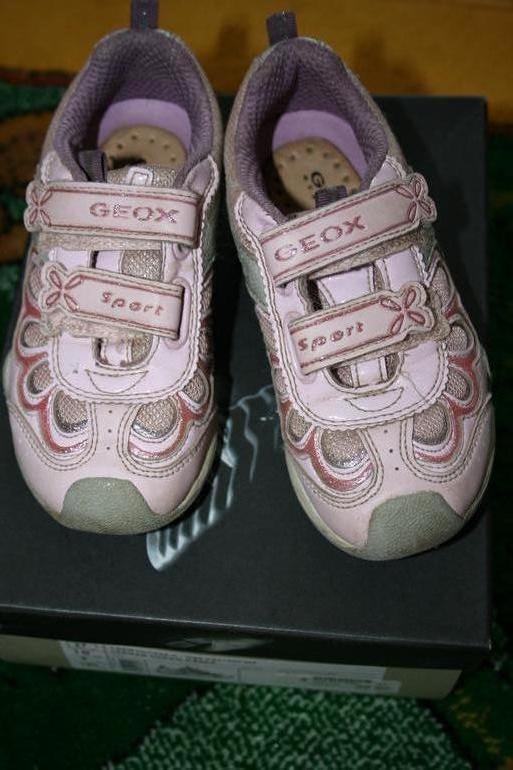кроссовки с огоньками GEOX, размер 27