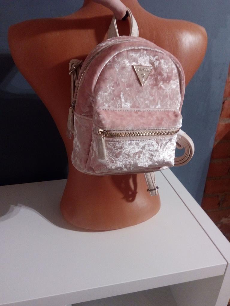 Новый рюкзак Guess оригинал