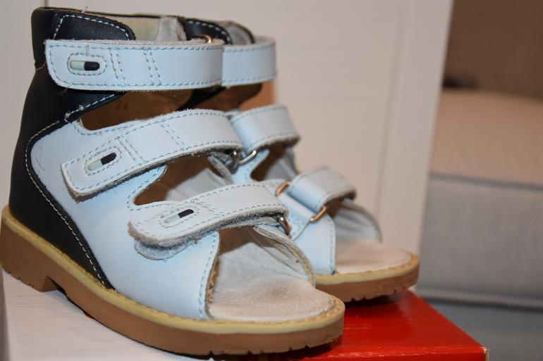 Нескользящая подошва зимняя обувь