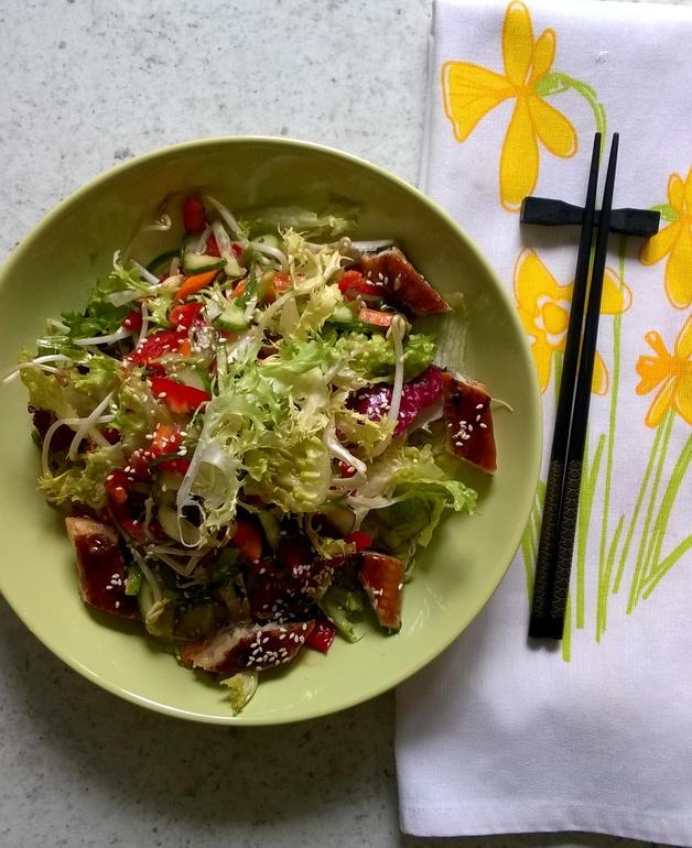 салат с жареным угрем унаги рецепты
