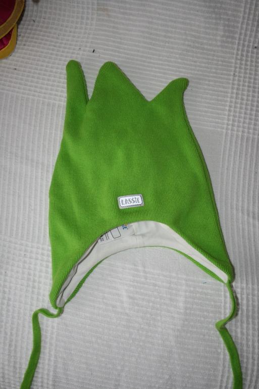 осенние вязанные шапки осень 2011