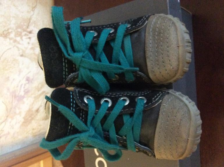 Обувь рядами оптом