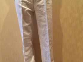 Новые белые льняные женские брюки United colors of Benetton (размер 44/46)