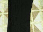 Отдам школьные брюки р. 128, фирма Киаби