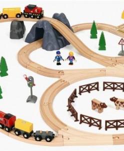 Сельская местность и грузовой поезд BRIO (БРИО) 33934