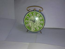 Старые Часы будильник Янтарь с дятлом, ходят