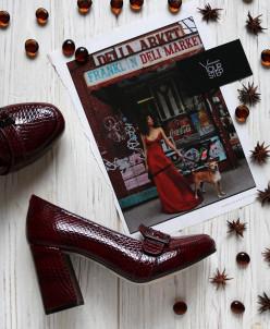 Лаковые туфли на удобном каблуке. New Collection