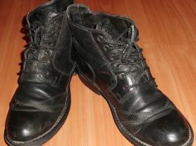 Ботинки демисезонные натуральная кожа Bata ст.30