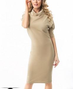 Платье с высоким воротом