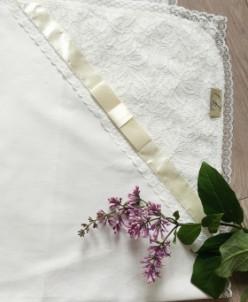 Пеленка-уголок (на выписку, на крещение)