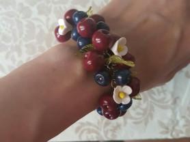 Браслет- ягоды