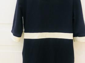 Платье школьное 134-140 в идеальном состоянии