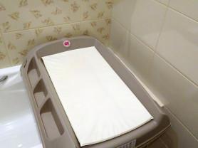 Пеленальный столик для ванны Baby Ok Flat