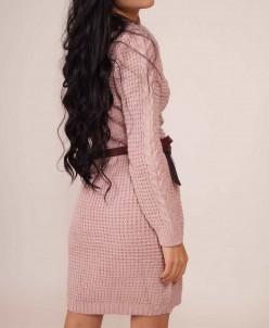 Теплое платье с сумочкой