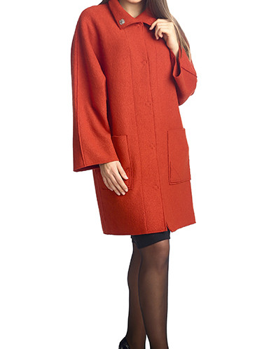 Пальто из вареной шерсти с воротником-стойка