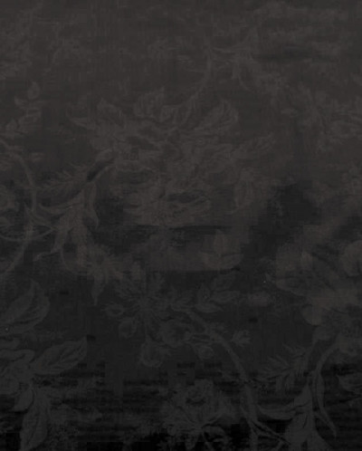 Бархат перламутрово-черного цвета с цветочным узором