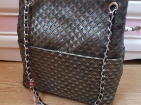Новая кожаная сумка на цепочке Италия бронза