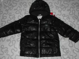 Новая куртка Kidkanai с капюшоном, 98-104 см