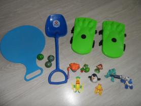 Пакеты игр на воздухе, разных фигурок, санки в дар