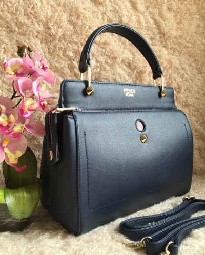Стильные женские сумки - купить сумки женские в