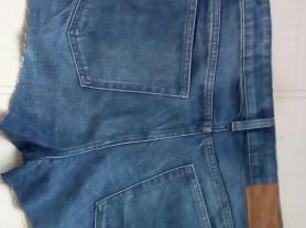 Джинсовые шорты ,29 размер