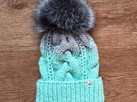 Новые шапочки и шарфы ручной работы!