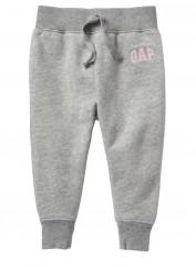 Спортивные брюки. gapfactory.