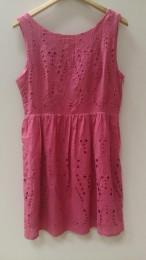 Платье из чистого хлопка с шитьем
