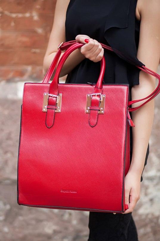 Купить кожаные женские сумки известных брендов в