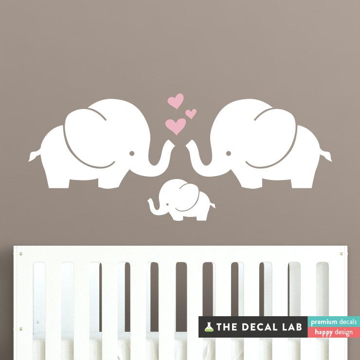 02-Семья слонят