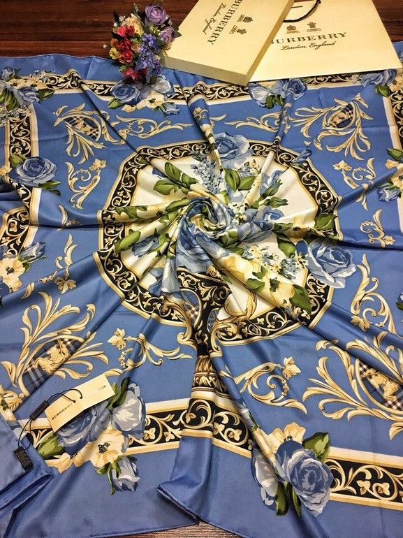b2bcd087d295 Подарочные комплекты платков - детский комплект шапка и шарф ...
