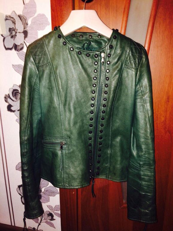 4e4bd5610344 Продам стильную куртку IMPERIAL, размер 42-44, покупала в Италии, состояние  отличное, т к одевала пару раз, цена 8000 тр. Метро Печатники. 89686639681