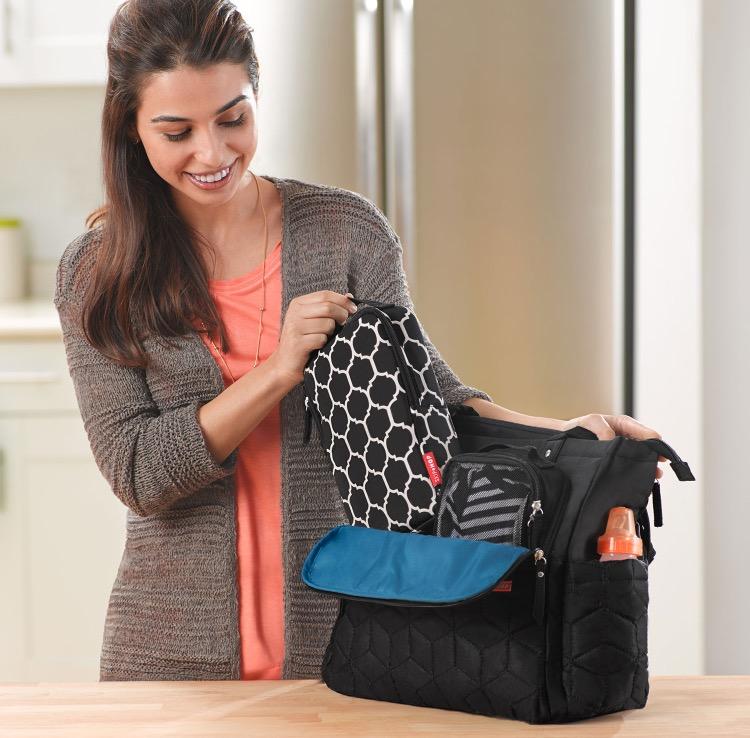 04956211cd76 Привет, девочки) Хочу рассказать вам о своем новом и таком нужном, как  оказалось, приобретении - сумке для мамы от Skip Hop.